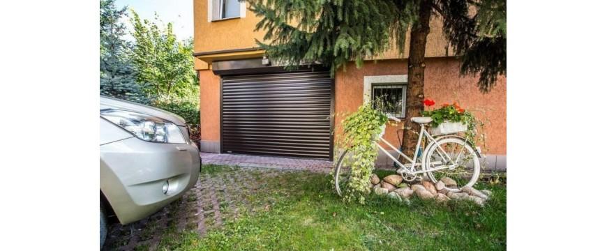 Portes de garage électriques enroulables isolantes