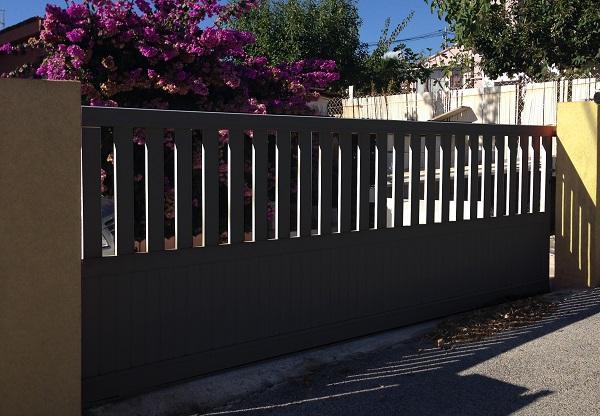 Pose et installation portail coulissant alu motorisé en IDF - Yvelines 78